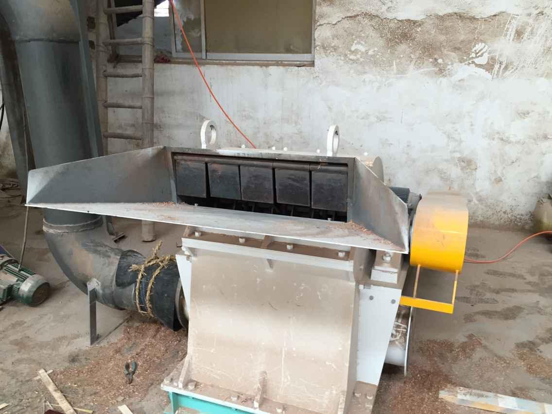 福建木块破碎机厂家  服务      溧阳市睿德粉碎机械有限公司所生产的