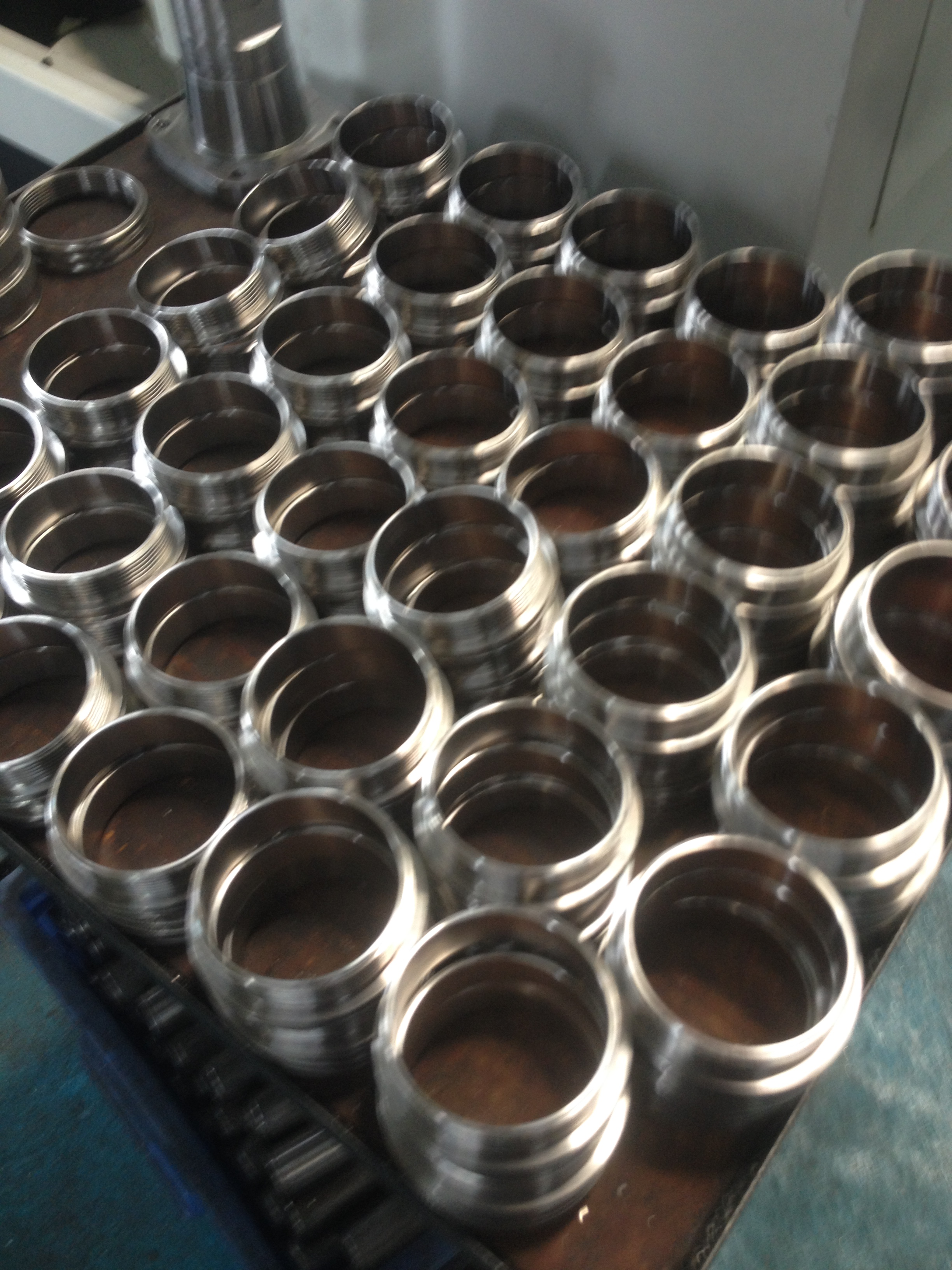 厂家直供 不锈钢滚花精密零件  不锈钢连接套加工