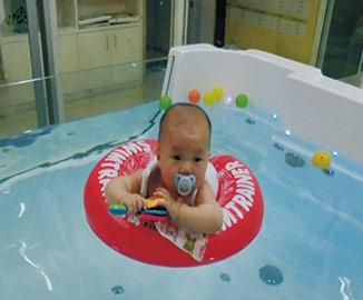 海口嬰兒游泳