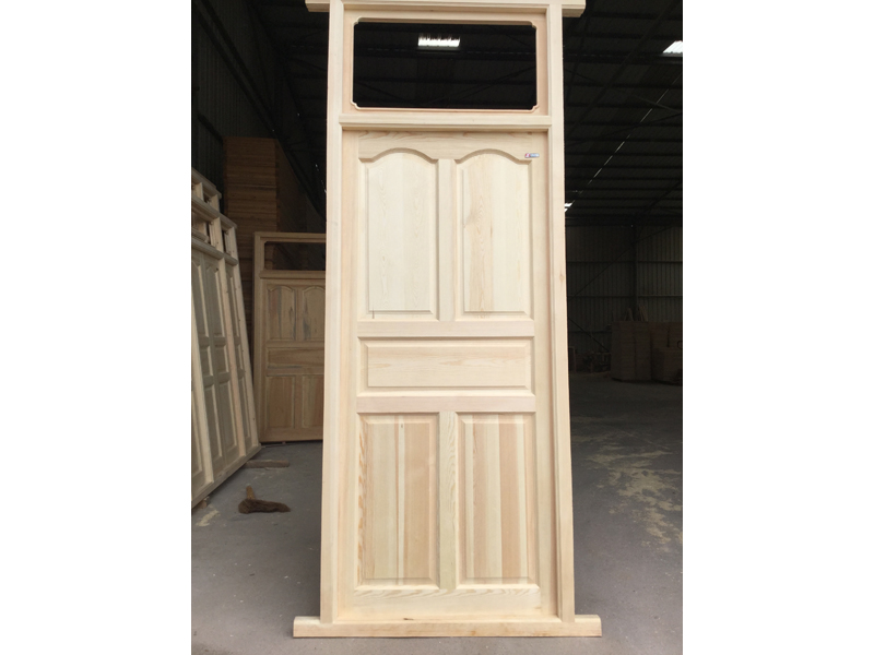 陇西江江提供的实木门窗哪里好|实木门厂家