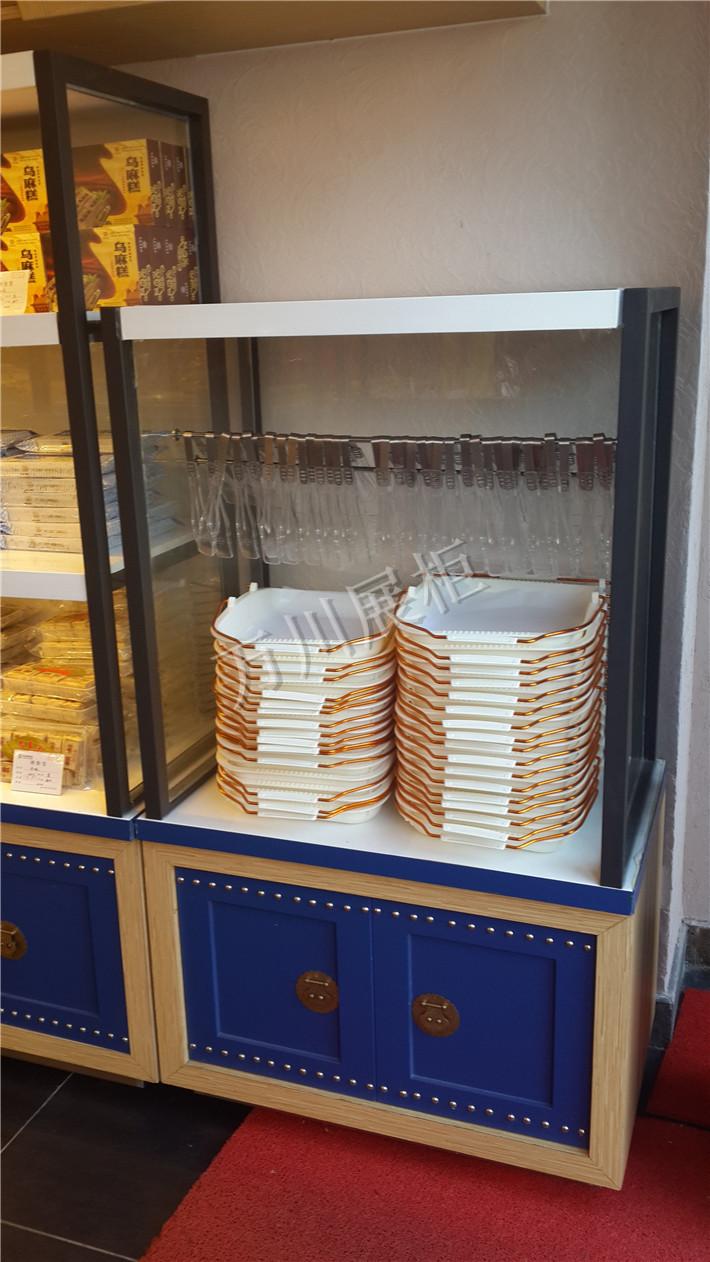 万川展柜提供热门的餐盘台|重庆面包餐盘台