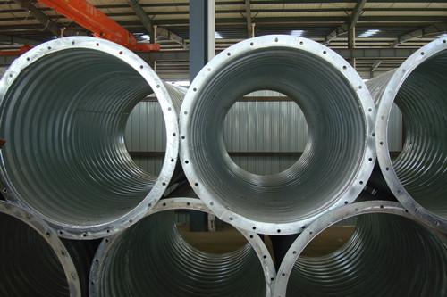 大量供应整装钢波纹涵管