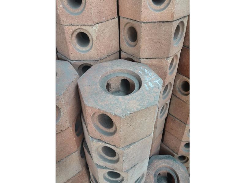 废旧耐火砖生产厂——兰州废旧耐火砖收购厂家