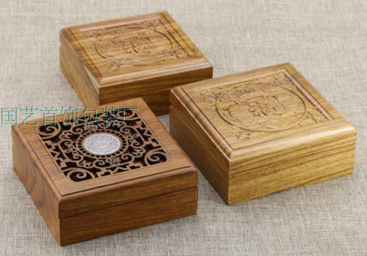 手镯木盒工艺——哪里有卖口碑好的珠宝首饰包装盒