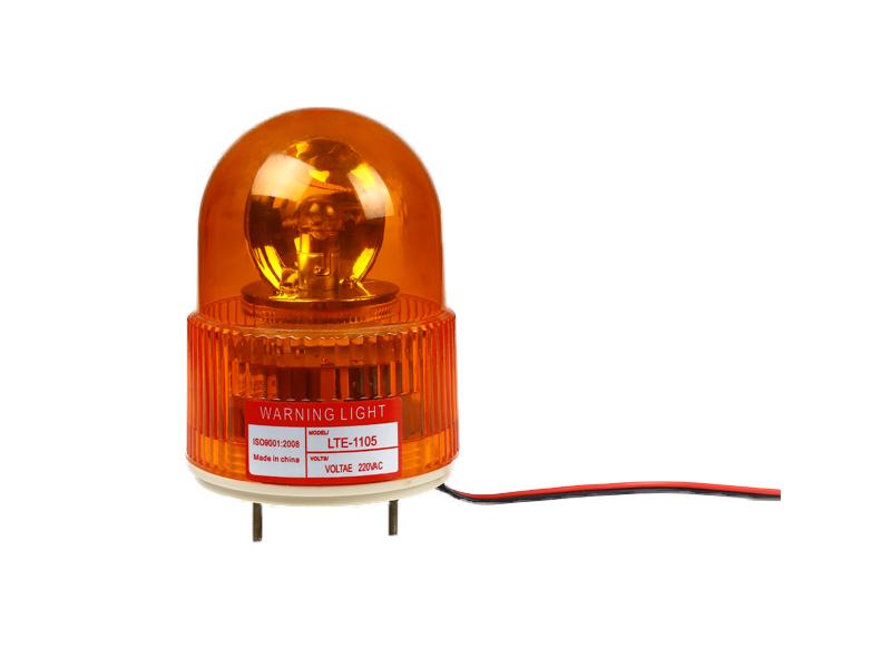 详细说明 乐清市顺通电气有限公司,警示灯一般用在维护道路安全,通常是用在警车工程车、消防车急救车防范管理车道路维修车牵引车紧急A/S车、机械设备等开发,机械、电力、机床、化工、电讯、船舶、治金等电气控制电路中作控制信号联锁等作用。 信号灯其分类: 1、常亮多层指示灯(DC) ,2、频闪多层指示灯(DS),3、反射旋转多层指示灯(DF),4、普通频闪指示灯(DPF),5、普通反射旋转指示灯(DPS),6、组合式指示灯(DZ).