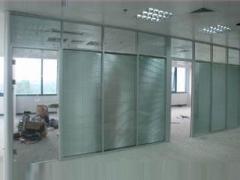 高质量的玻璃隔断哪里买 河南玻璃隔断