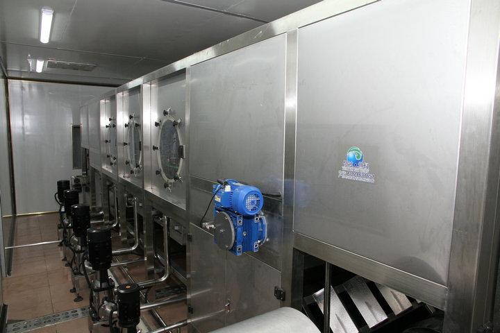 桶装水灌装产线十年灌装机械技术李生