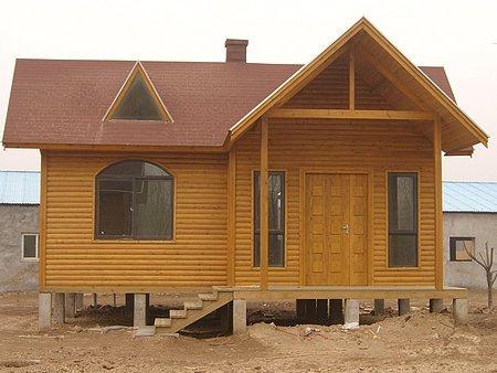 防腐木木屋制造商——想要购买好的防腐木找哪家