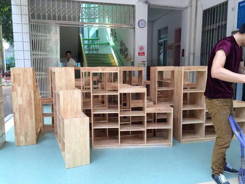 实木玩具柜,幼儿园家具定制厂家