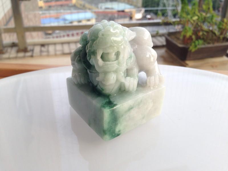 肇庆流行时尚的貔貅翡翠饰品供应:翡翠手镯定制