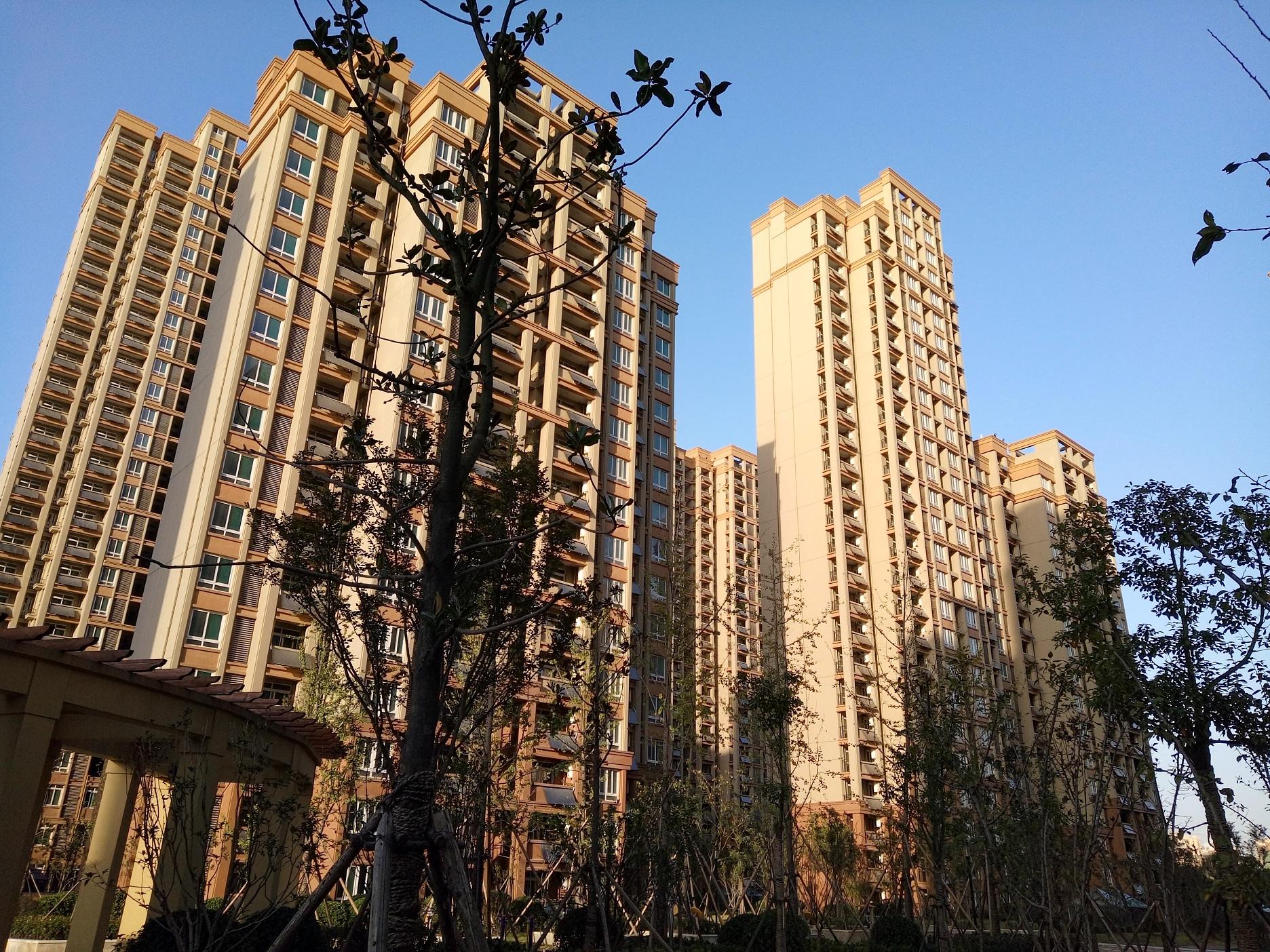 安徽分体壁挂式太阳能热水器厂家直销