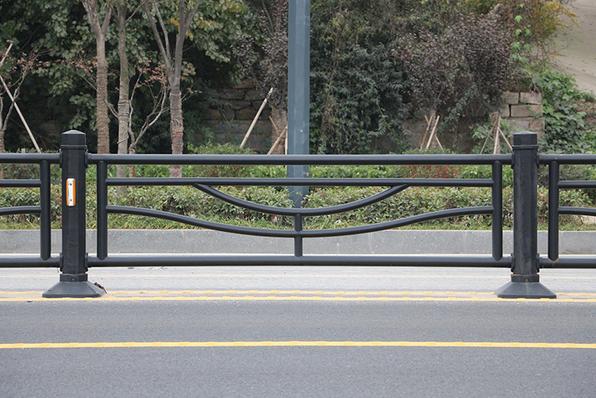 道路护栏哪家好-漳州优惠的道路护栏供应