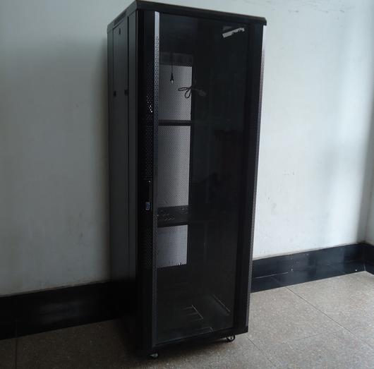 要买质量好的网络机柜就到杭州余杭福达仪表,网络机柜供应商