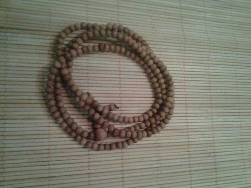 优秀的印度檀香珠链——如何挑选优质的印度檀香珠链